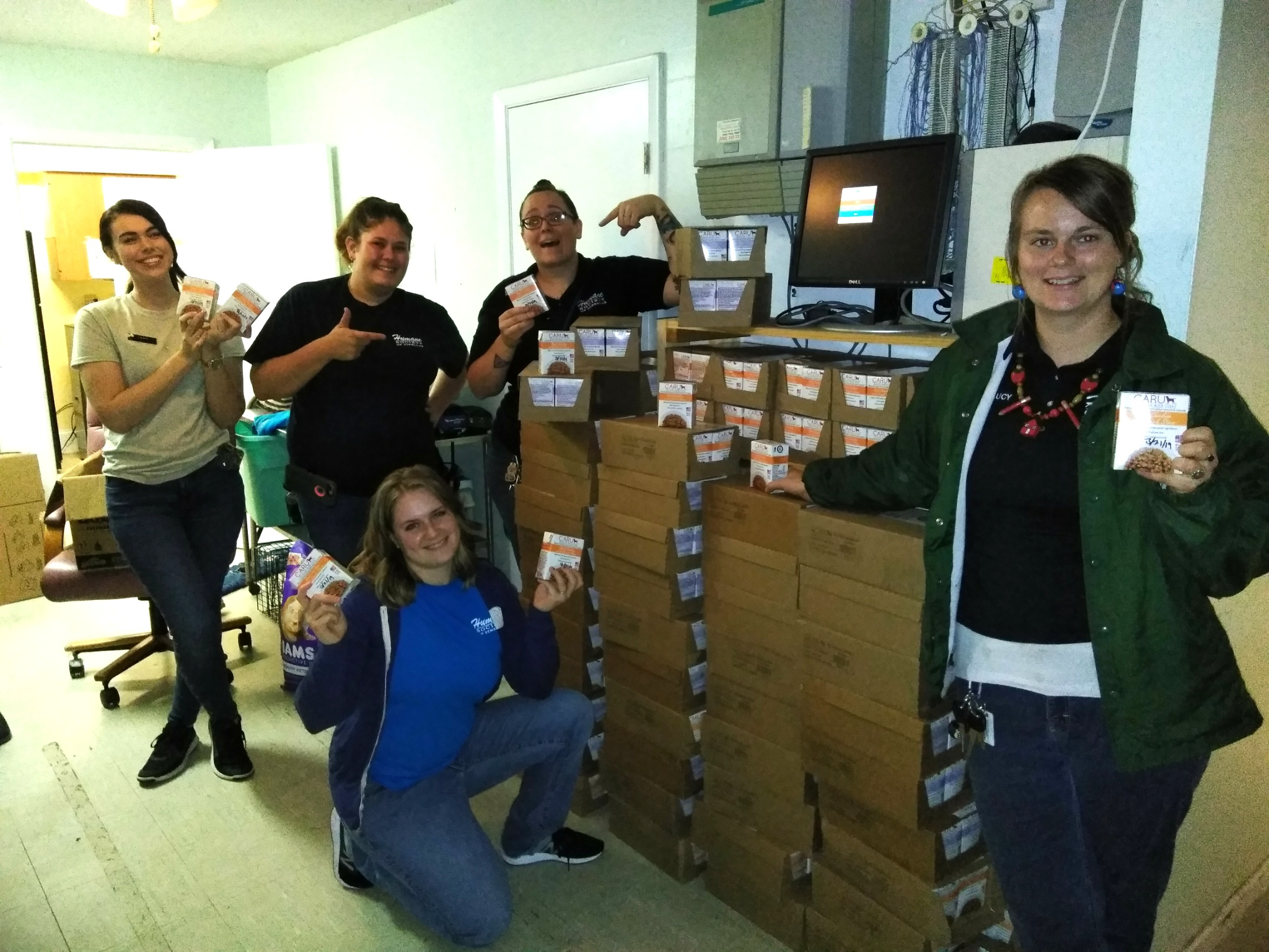 Caru Pet Food Makes Donation for Hurricane Michael Relief