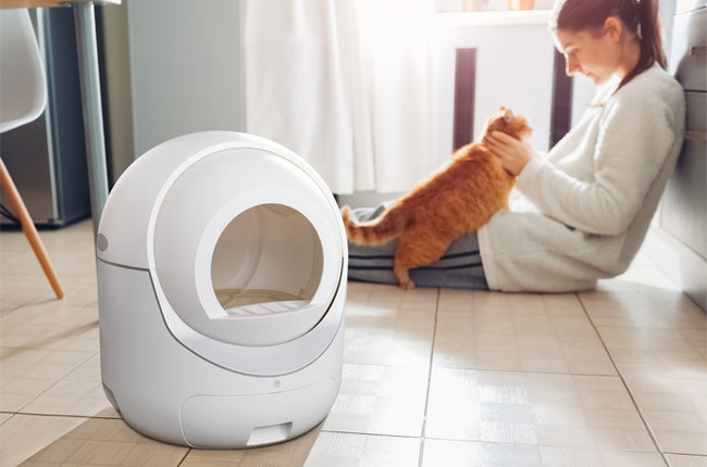 Igloo Introduces a Modern Automatic Cat Litter Box