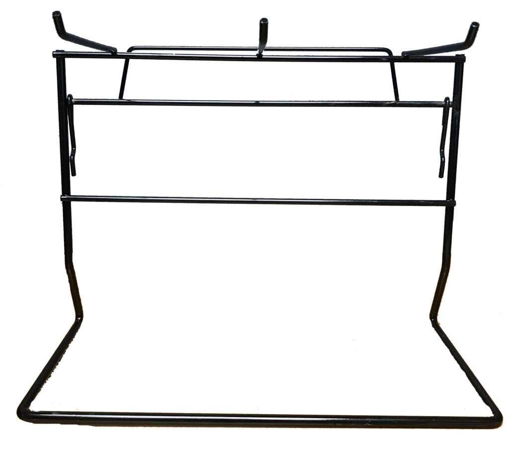 An image of Treat Planet - One tier wire rack - 3 prong