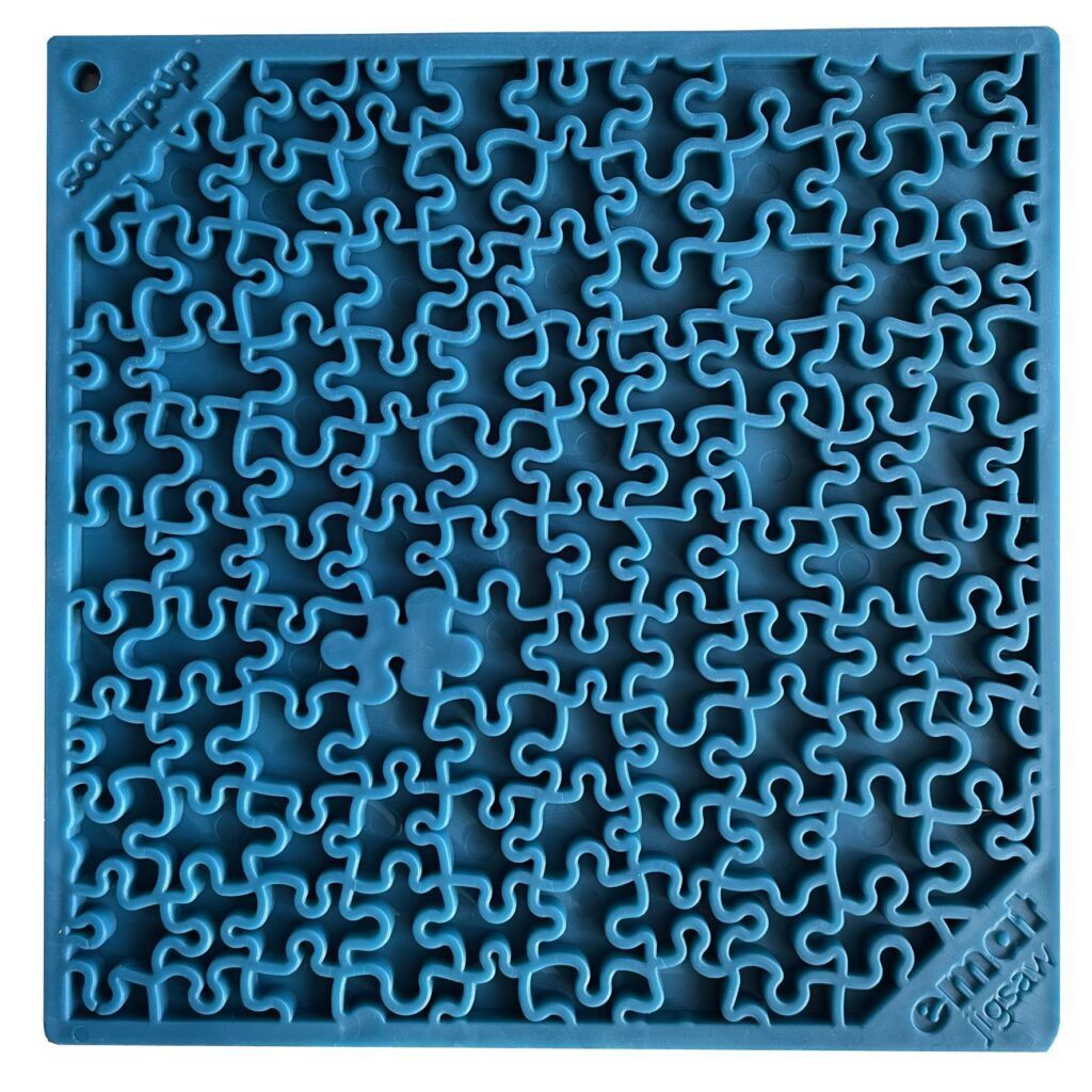 An image of SodaPup - True Dogs, LLC - SP Emat Jigsaw - Large - Blue