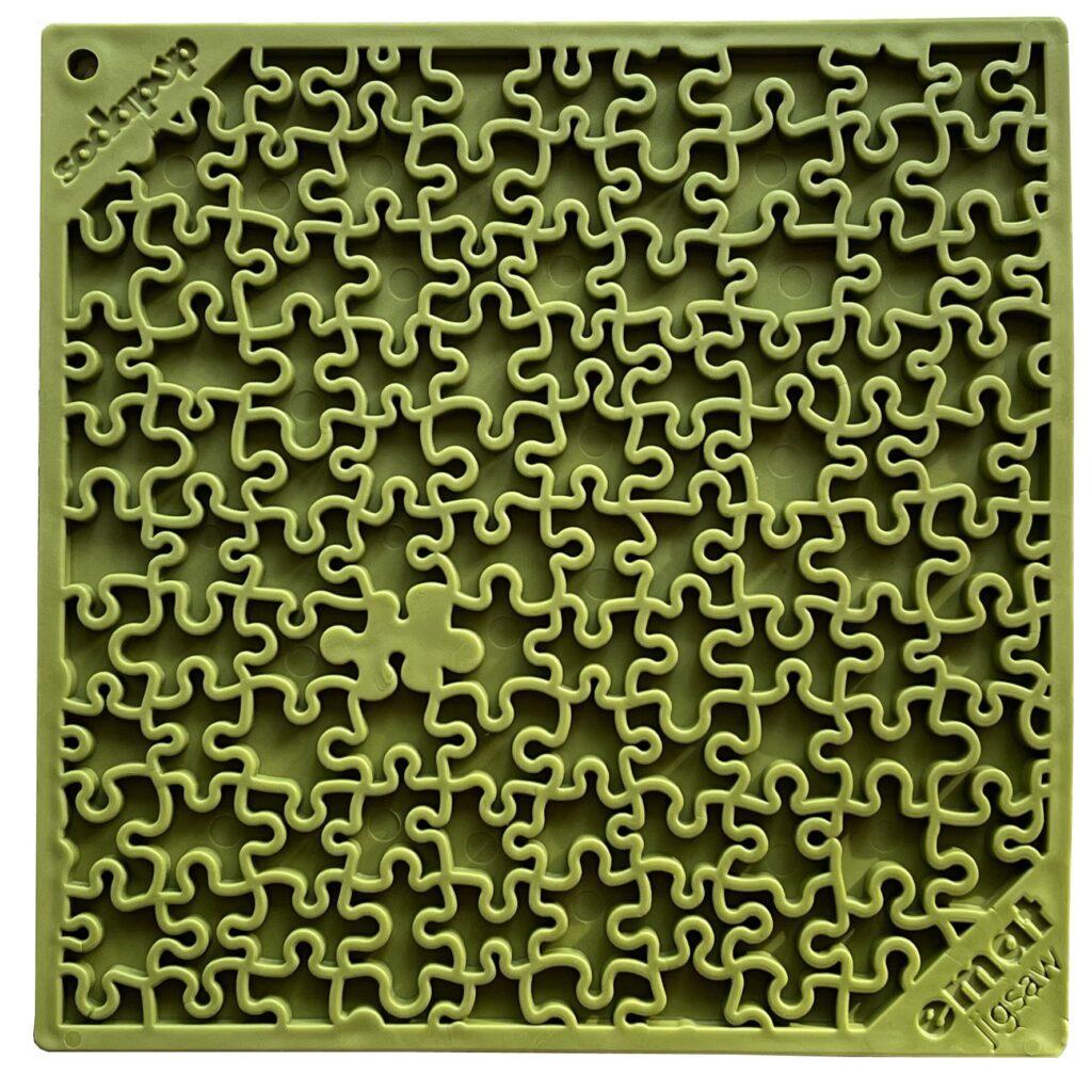 An image of SodaPup - True Dogs, LLC - SP Emat Jigsaw - Large - Green